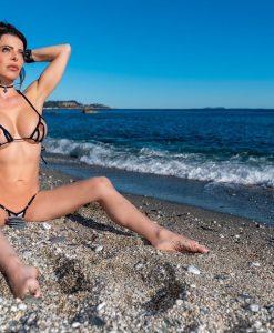 bikini-tops-peekaboo-diagonal-sylvie_dolly83-13