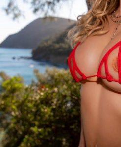 bikini-tops-peekaboo-diagonal-sylvie_dolly83-17